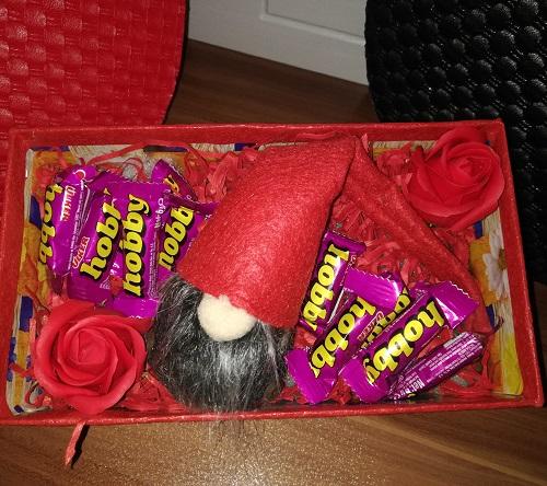 باکس هدیه شماره 18 - لی لی پوت و شکلات